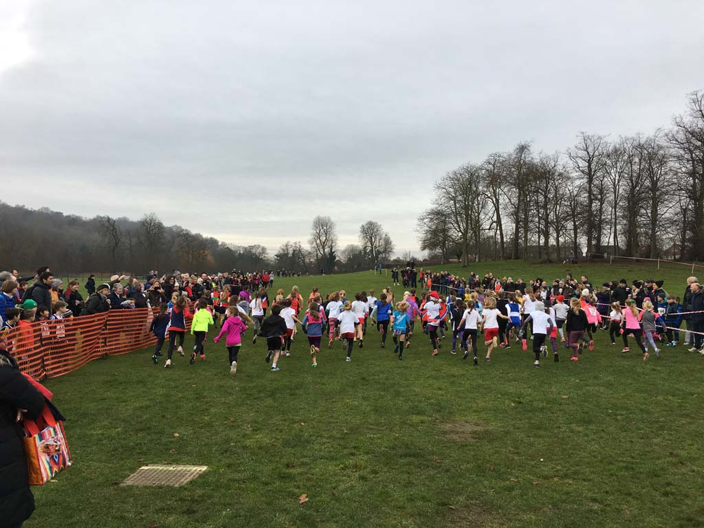 Holly Run 2017 U11G start v1