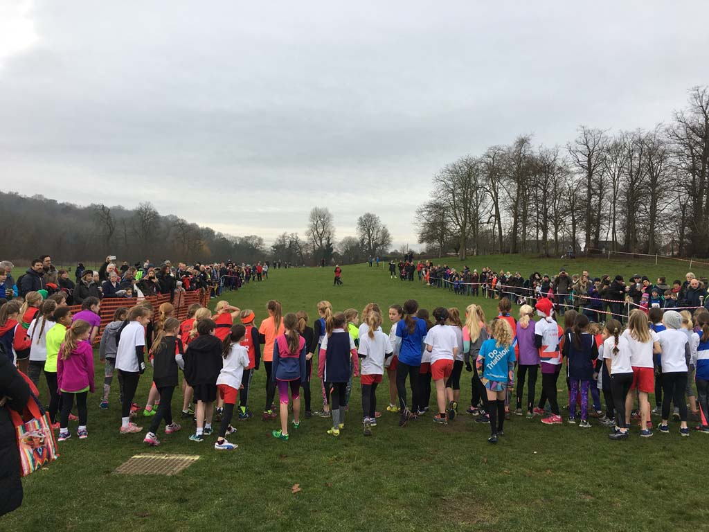 Holly Run 2017 U11G start v2