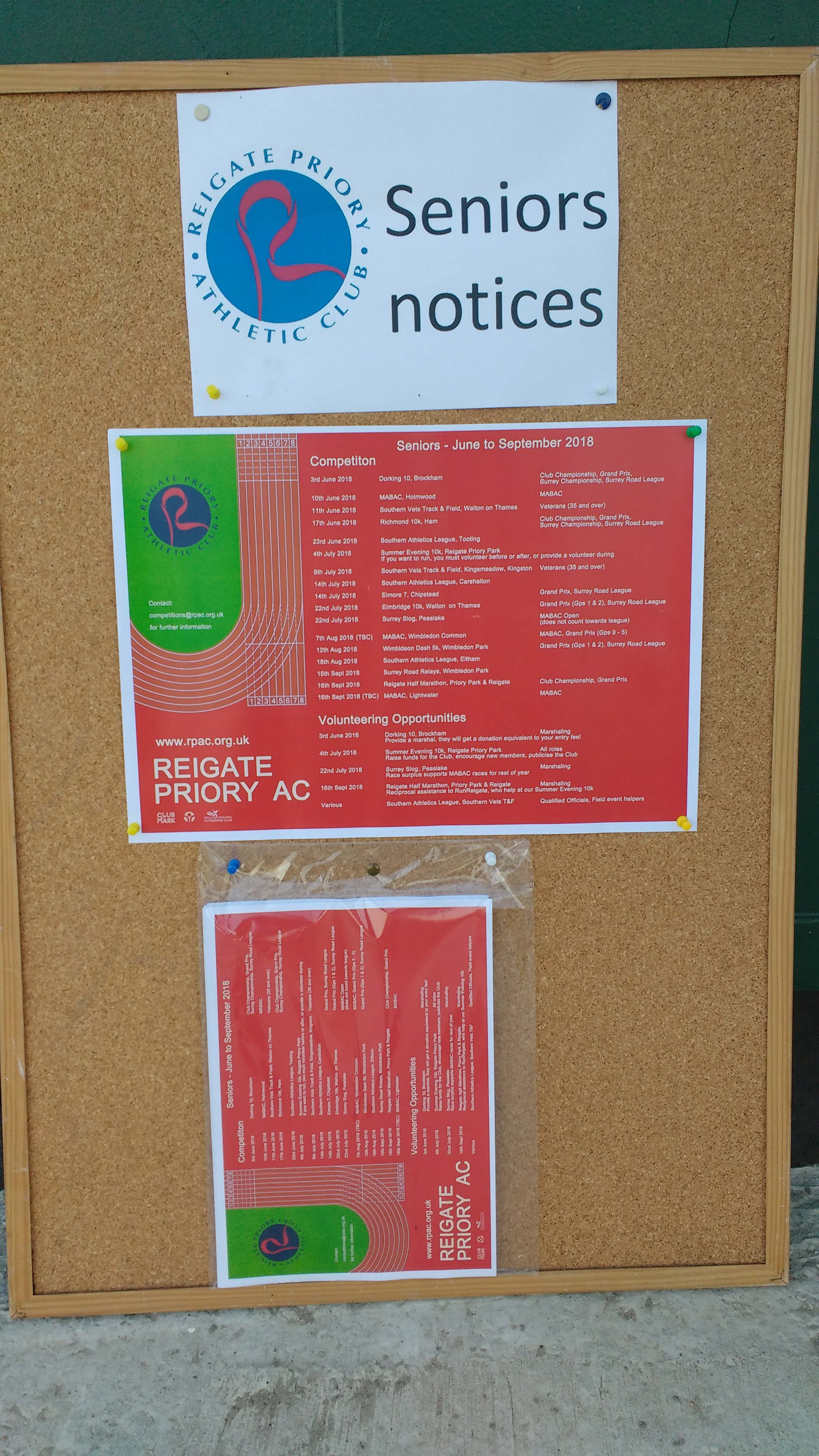 Noticeboard at Battlebridge v2